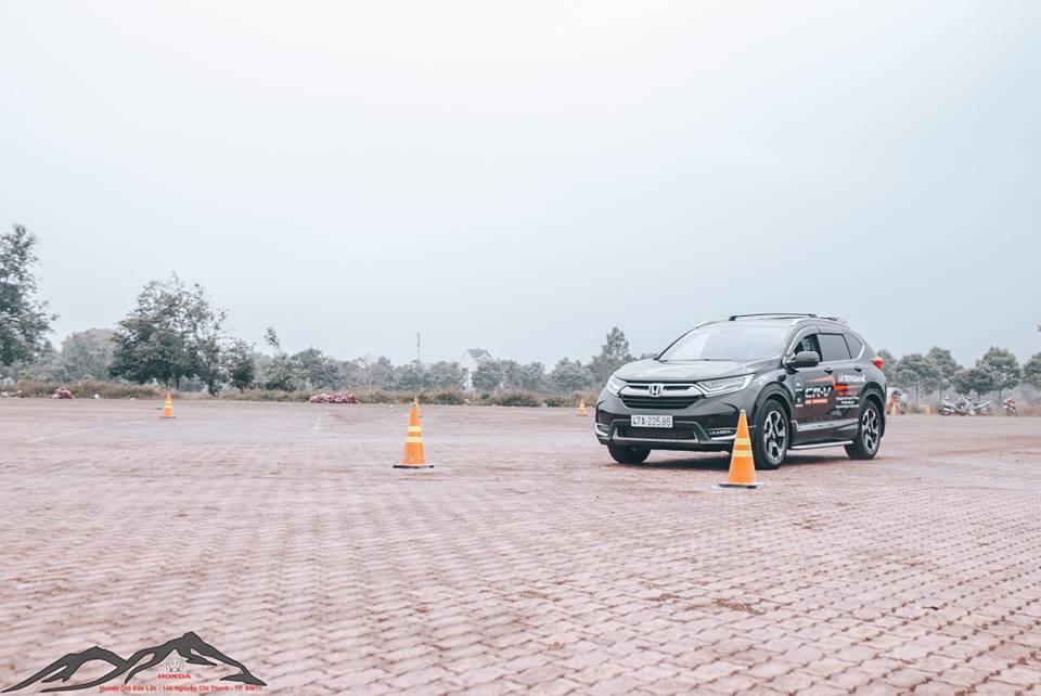 Kinh nghiệm lái xe ô tô an toàn cho người mới lái 54041427 2104990782925268 6805962076691890176 n