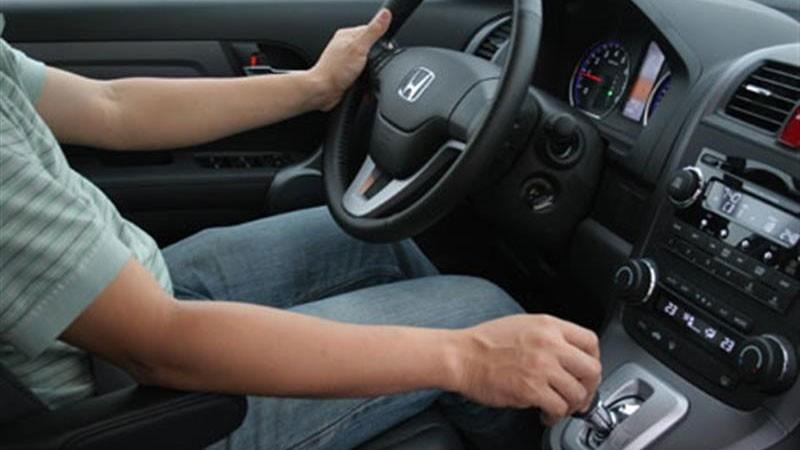 Kinh nghiệm lái xe ô tô an toàn cho người mới lái huong dan lai xe so tu dong 5563